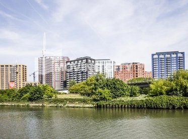 Apartment-for-sale-Docklands-london-127-view1