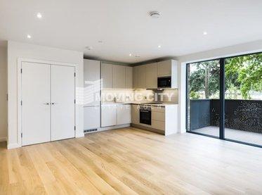Flat-for-sale-Southfields-london-2780-view1