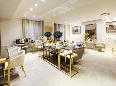 Apartment-for-sale-Mayfair-london-1501-view1