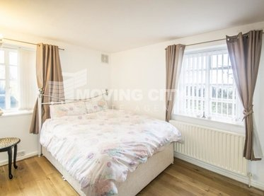 Apartment-let-agreed-London-london-1004-view1