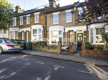 House-to-rent-London-london-1418-view1