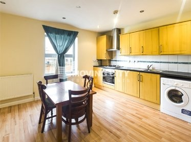 Apartment-to-rent-Stratford and New Town-london-2510-view1