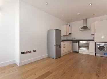 Apartment-let-agreed-London-london-1306-view1