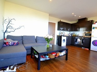 Apartment-let-agreed-London-london-1419-view1