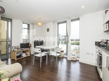 Apartment-let-agreed-Lewisham-london-853-view1