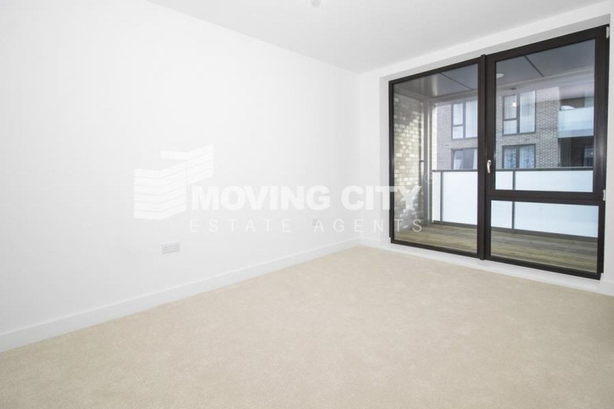 Flat-for-sale-Test-london-2816-view3