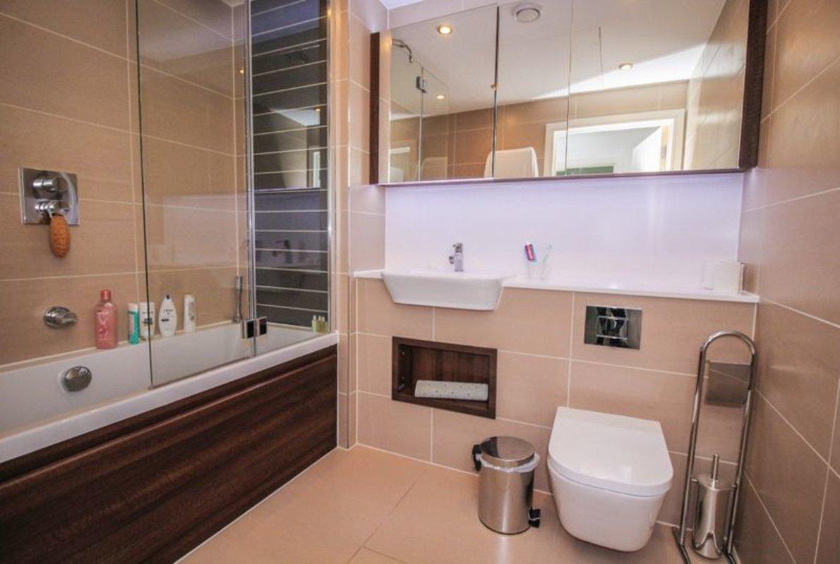 Apartment-for-sale-Aldgate-london-32-view6