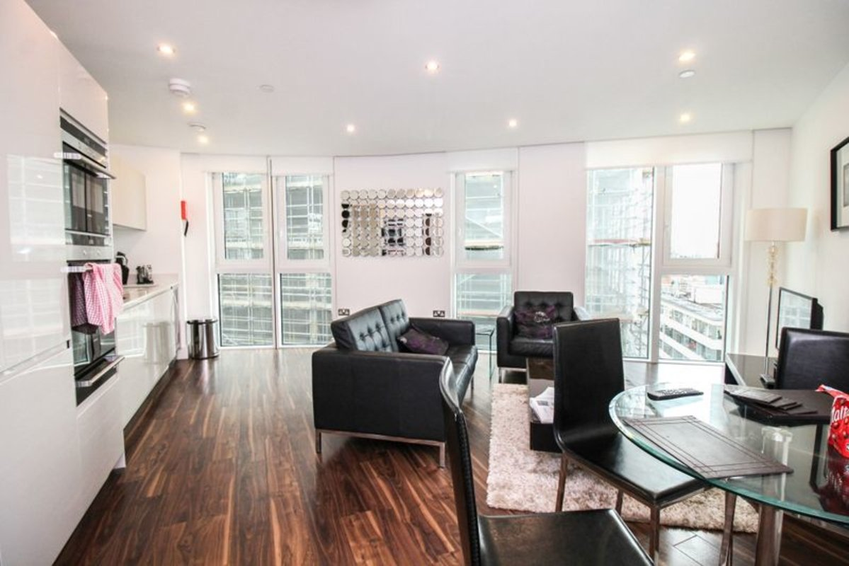 Apartment-for-sale-Aldgate-london-32-view1