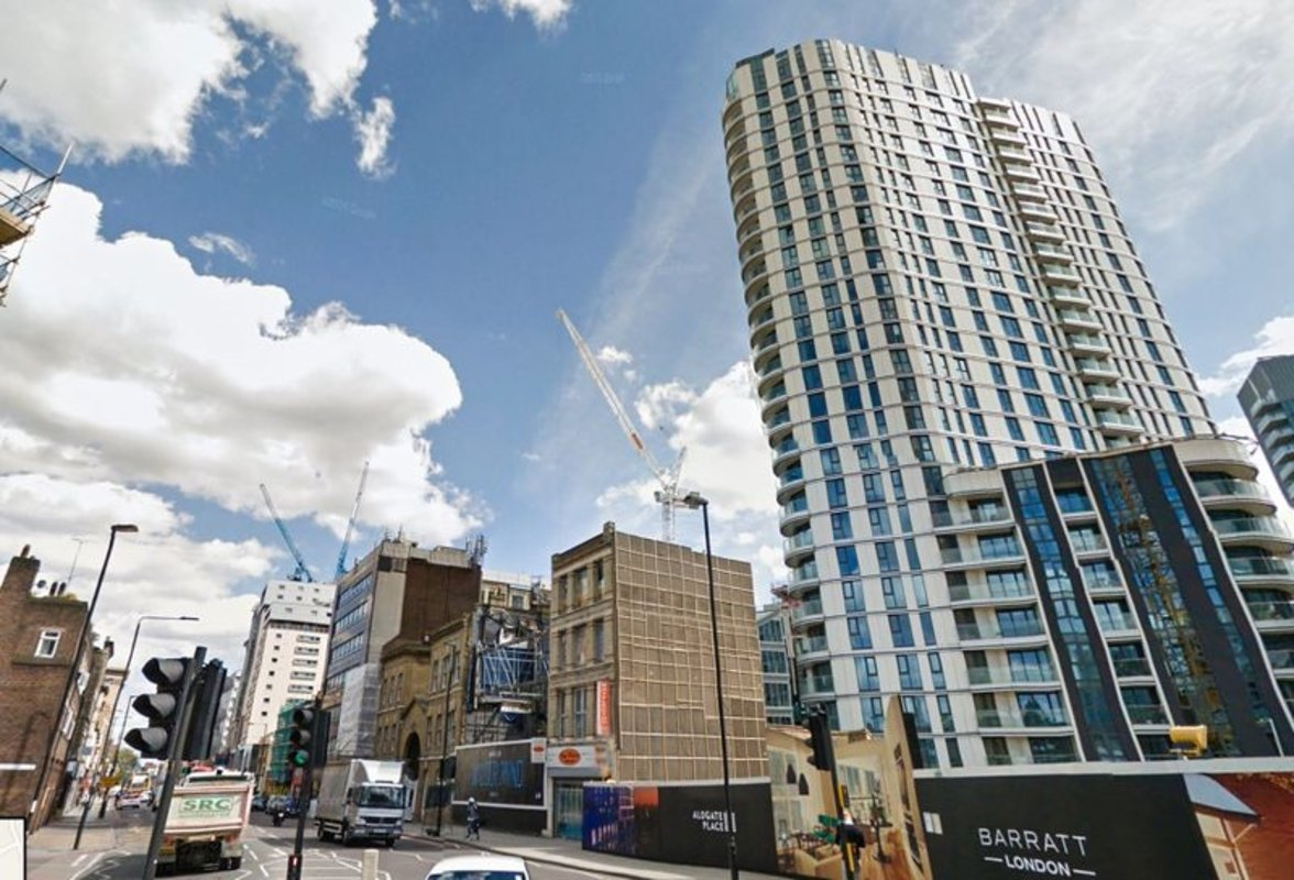 Apartment-for-sale-Aldgate-london-32-view2