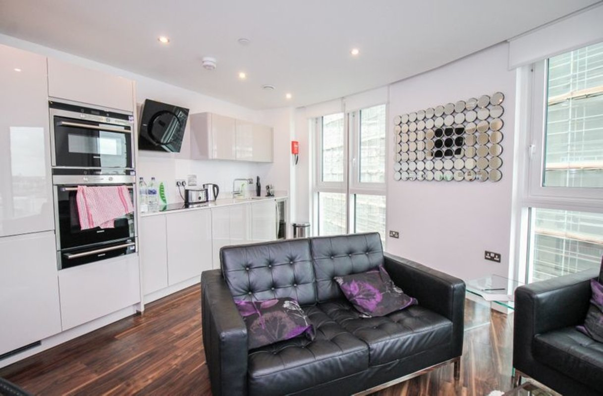 Apartment-for-sale-Aldgate-london-32-view4