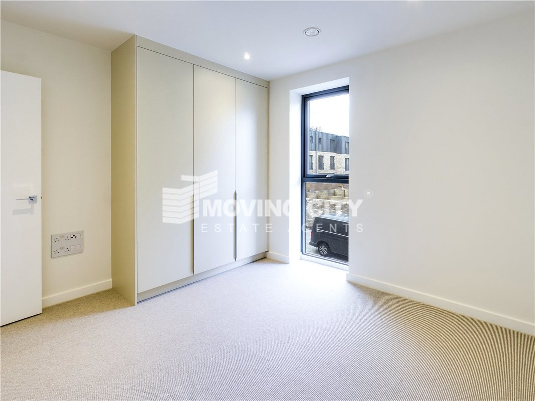 Apartment-for-sale-Southfields-london-1828-view2