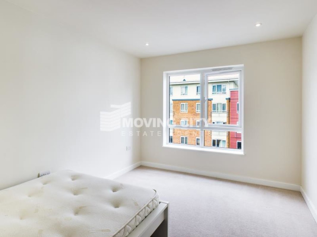 Apartment-under-offer-Collindale-london-1395-view6
