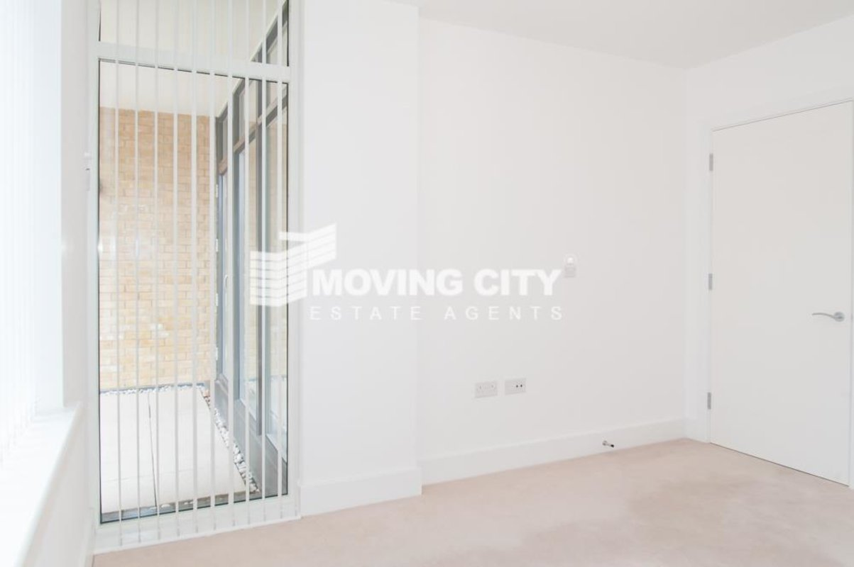 Apartment-for-sale-Isleworth-london-1850-view5