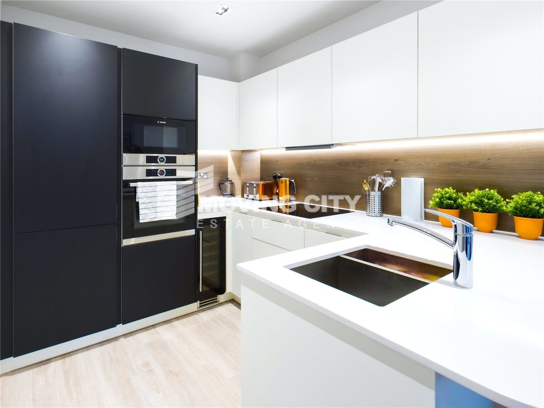 Apartment-under-offer-Finsbury Park-london-1825-view3