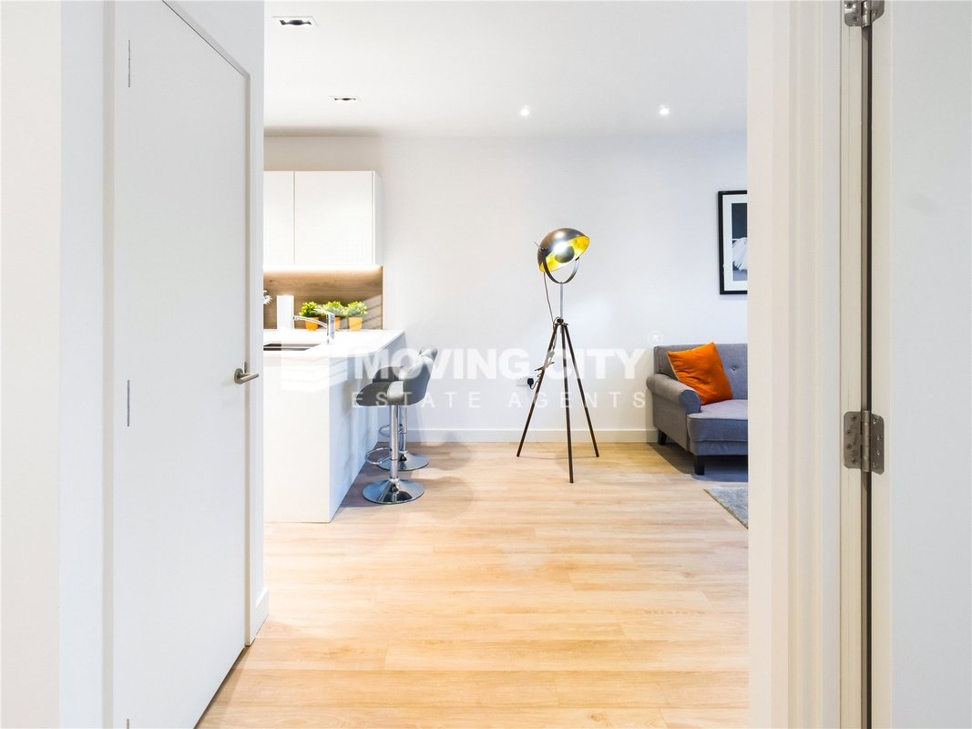 Apartment-under-offer-Finsbury Park-london-1825-view5