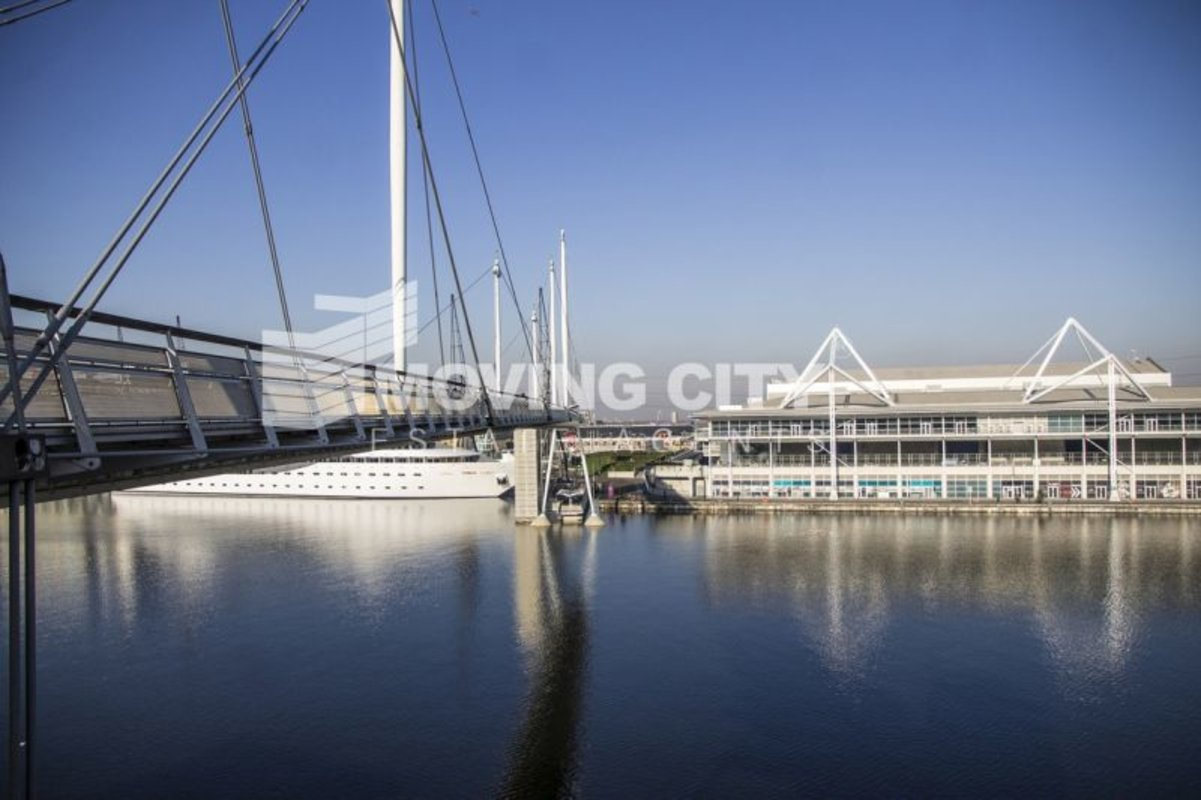 Apartment-under-offer-Docklands-london-373-view4