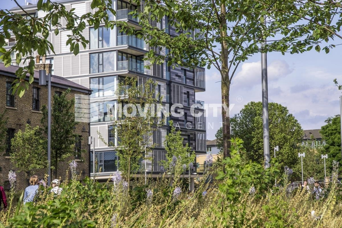 Apartment-under-offer-Kings Cross-london-1721-view1