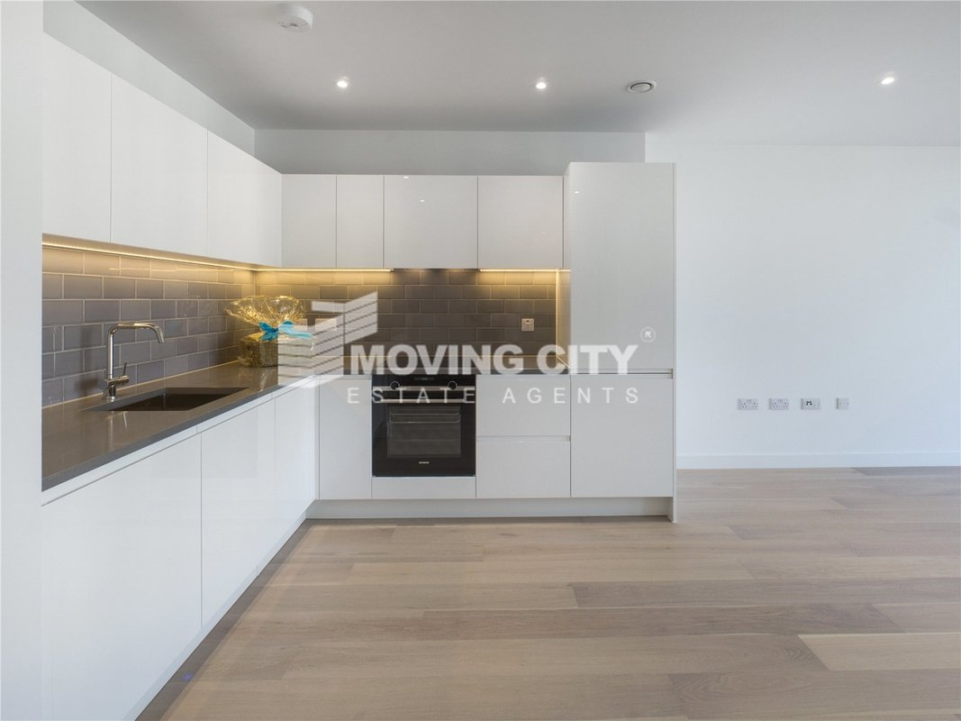 Apartment-for-sale-Royal Docks-london-2596-view2