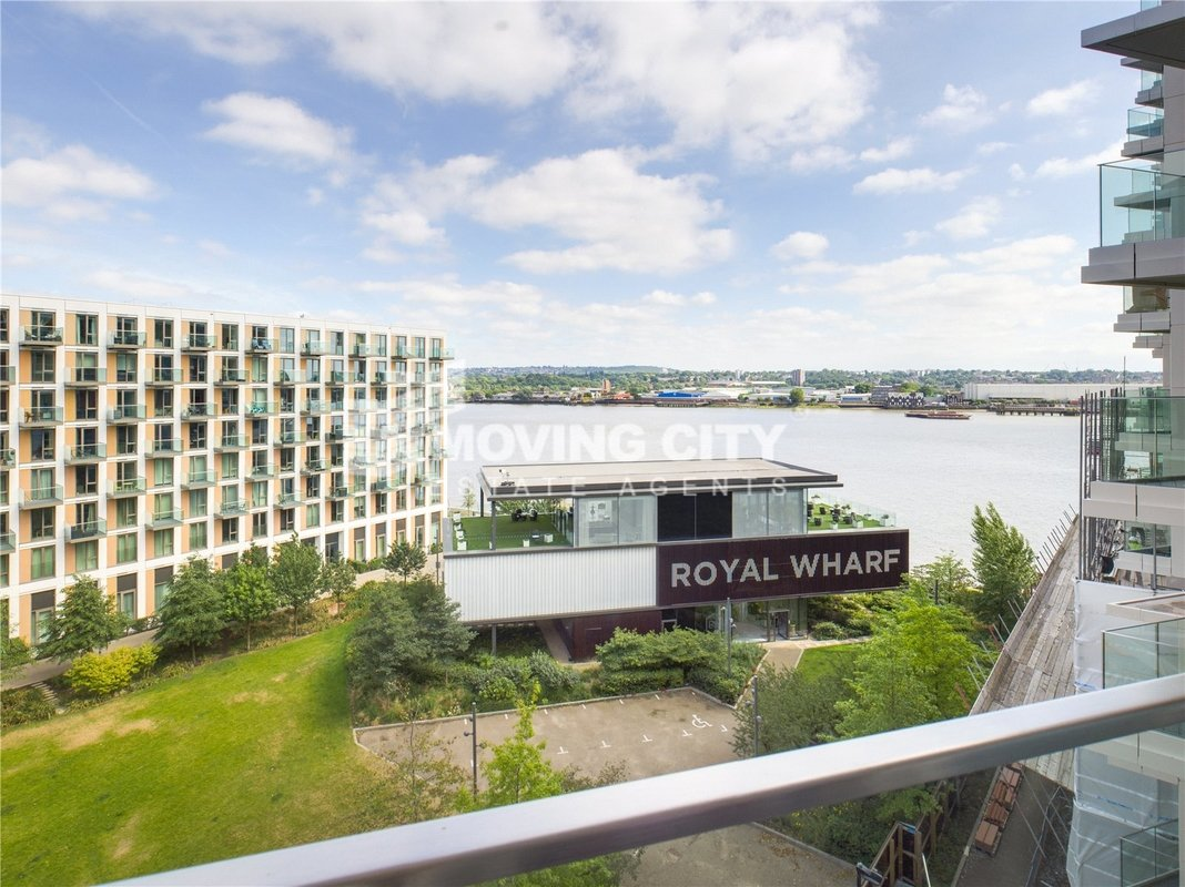 Apartment-for-sale-Royal Docks-london-2596-view8