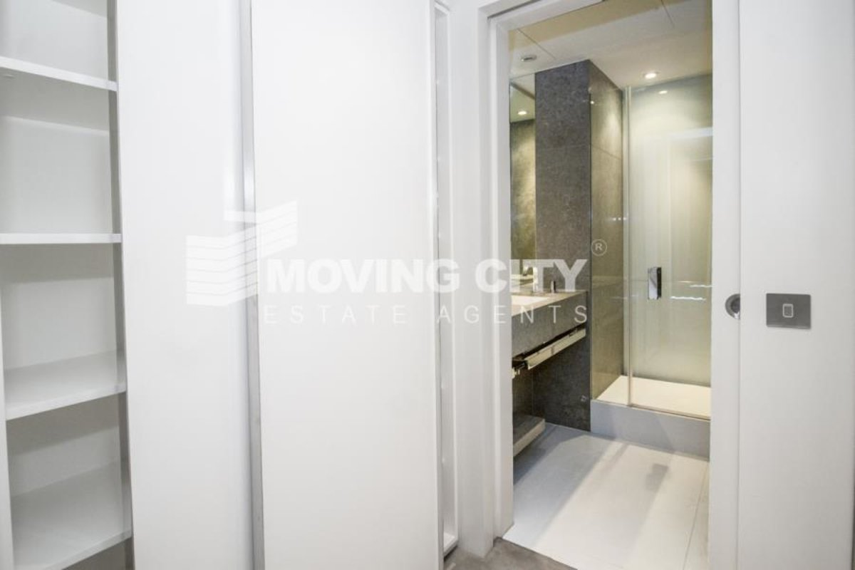 Apartment-for-sale-South Quay-london-621-view7