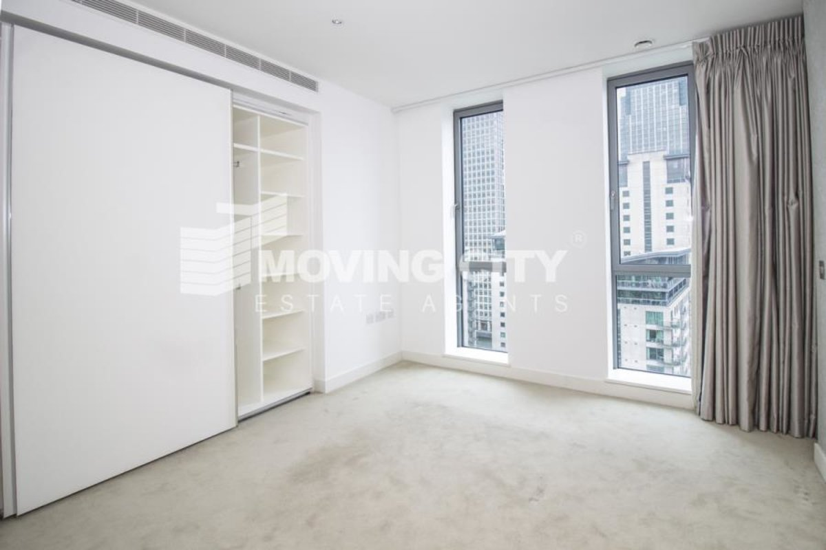 Apartment-for-sale-South Quay-london-621-view4