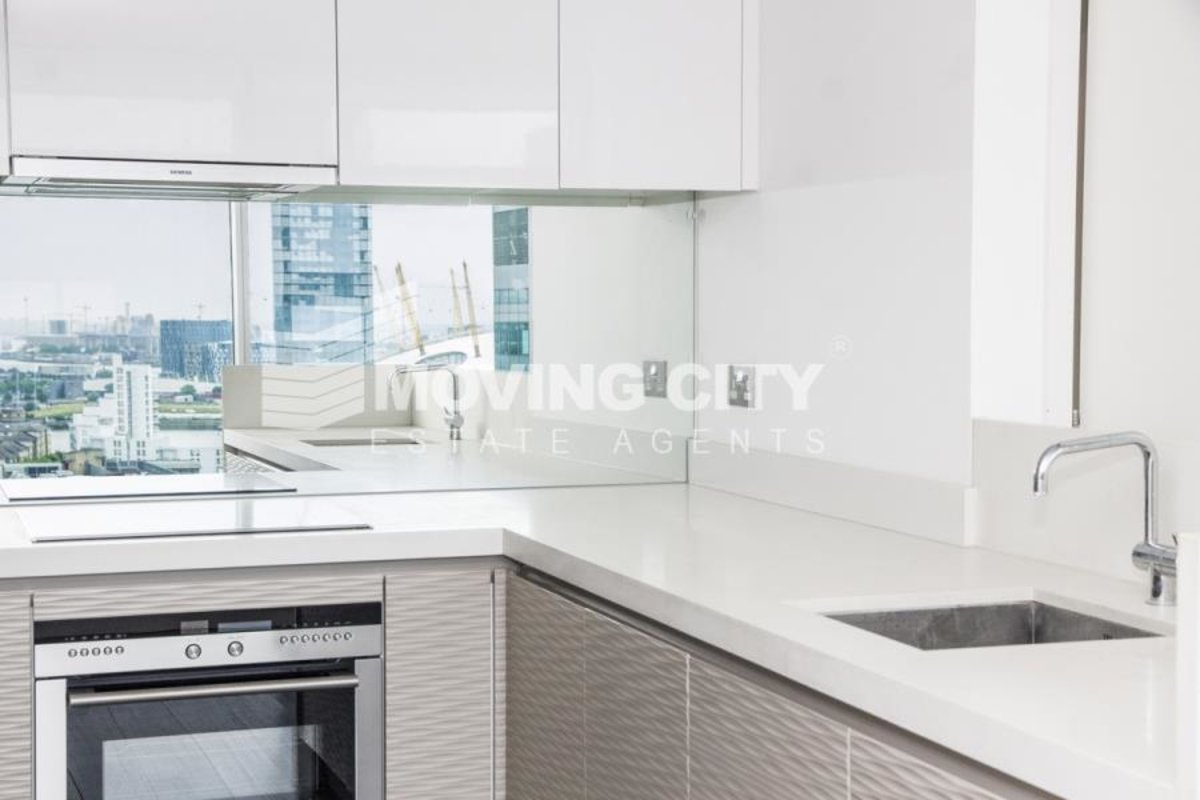 Apartment-for-sale-South Quay-london-621-view10