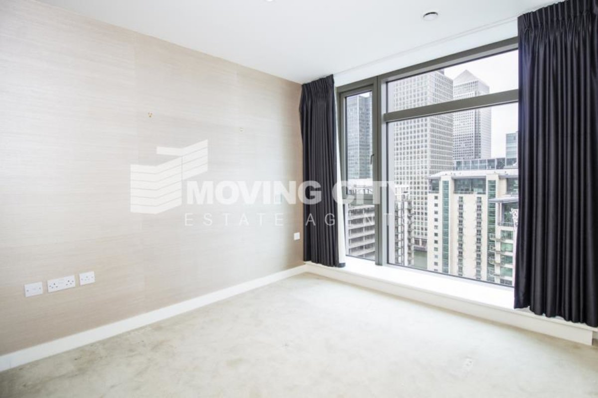 Apartment-for-sale-South Quay-london-621-view6