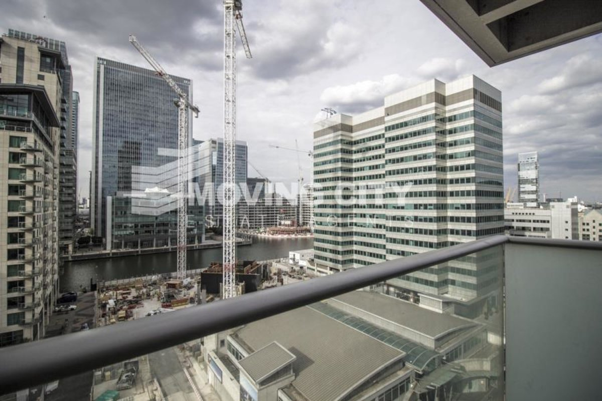 Apartment-for-sale-South Quay-london-621-view3