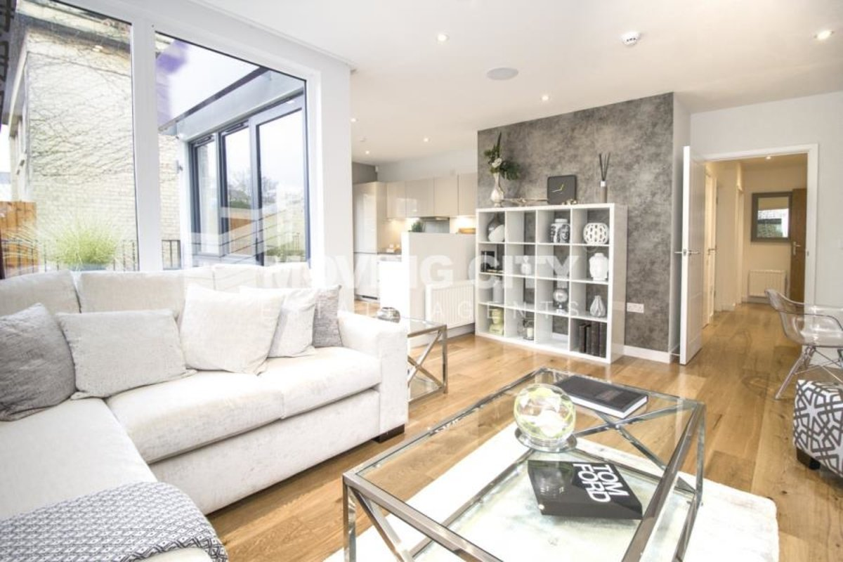 Apartment-for-sale-Hanwell-london-804-view2