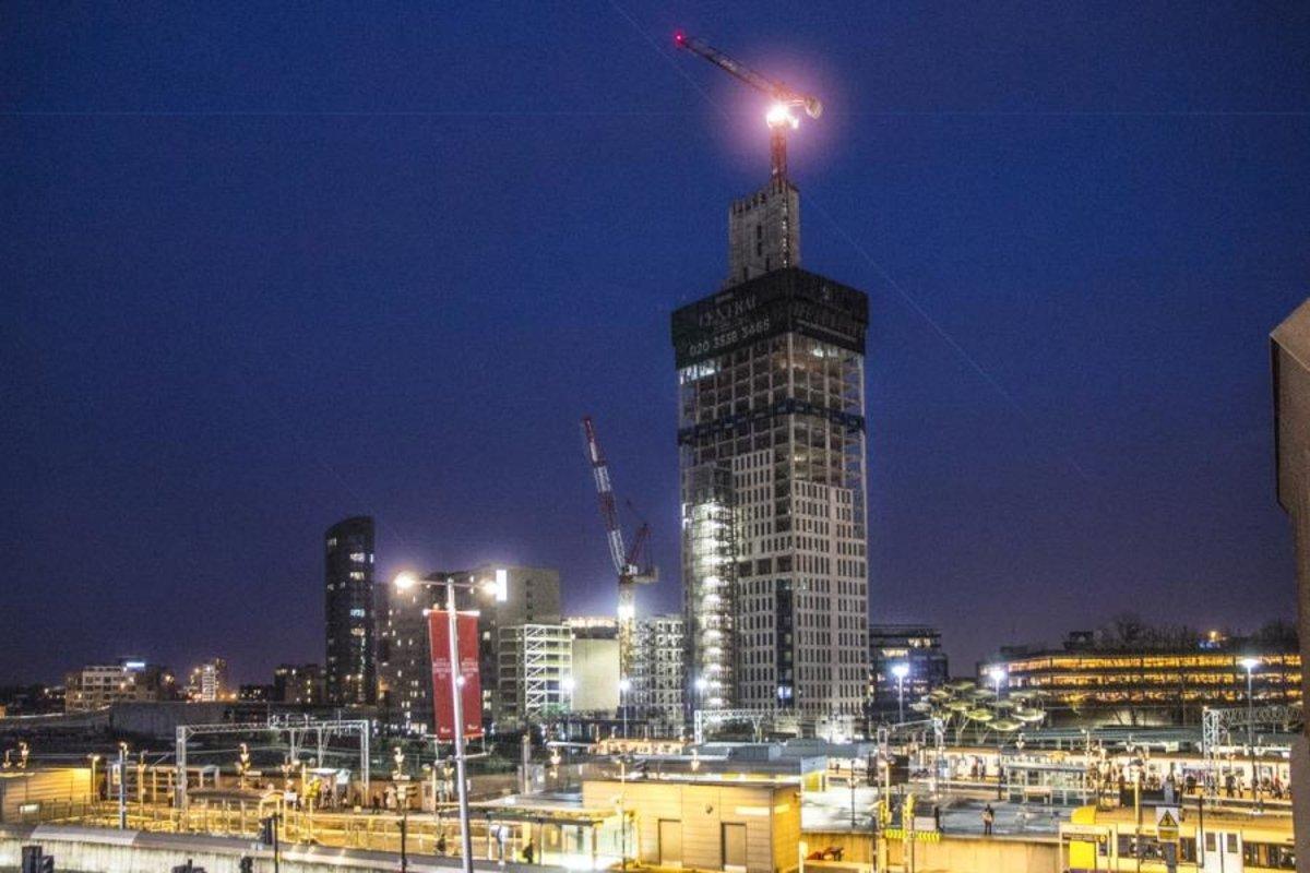 Apartment-under-offer-Stratford-london-1451-view2