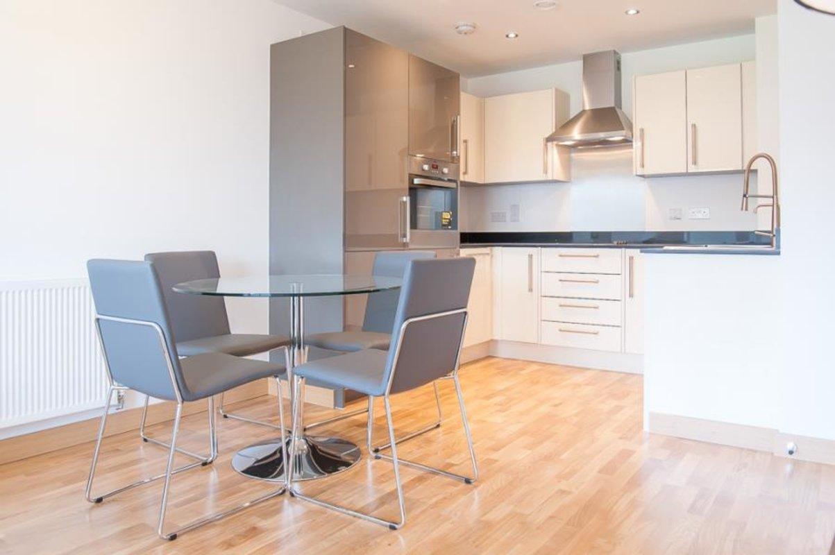 Apartment-under-offer-Dartford-london-1041-view3