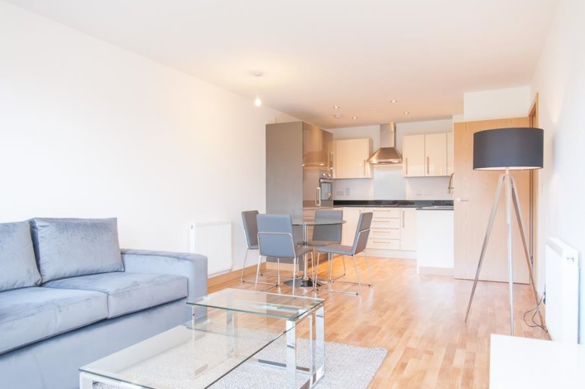 Apartment-under-offer-Dartford-london-1041-view2