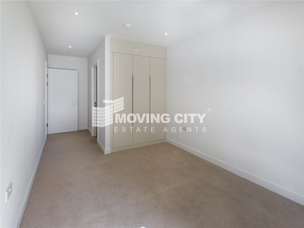 Apartment-under-offer-Southwark-london-1745-view12