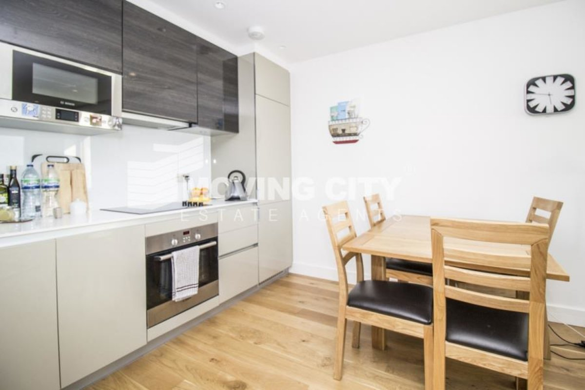 Apartment-let-agreed-London-london-1056-view3