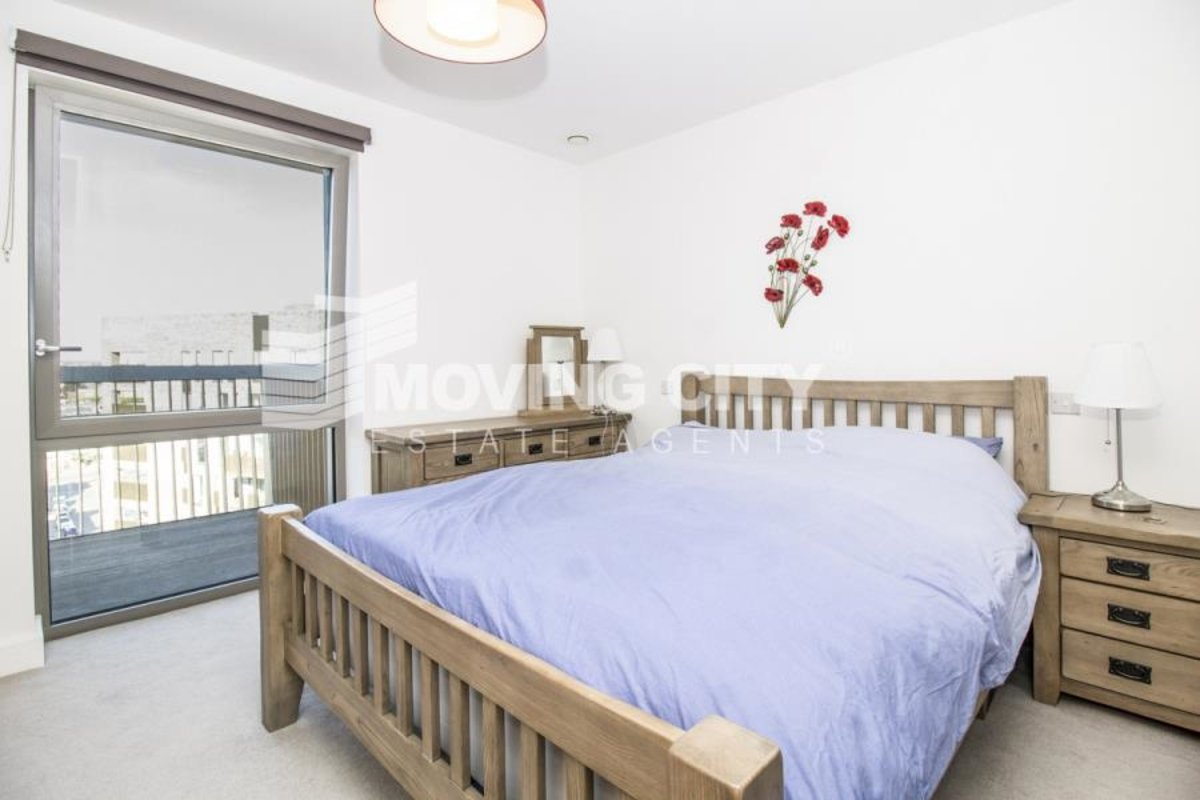 Apartment-let-agreed-London-london-1056-view4