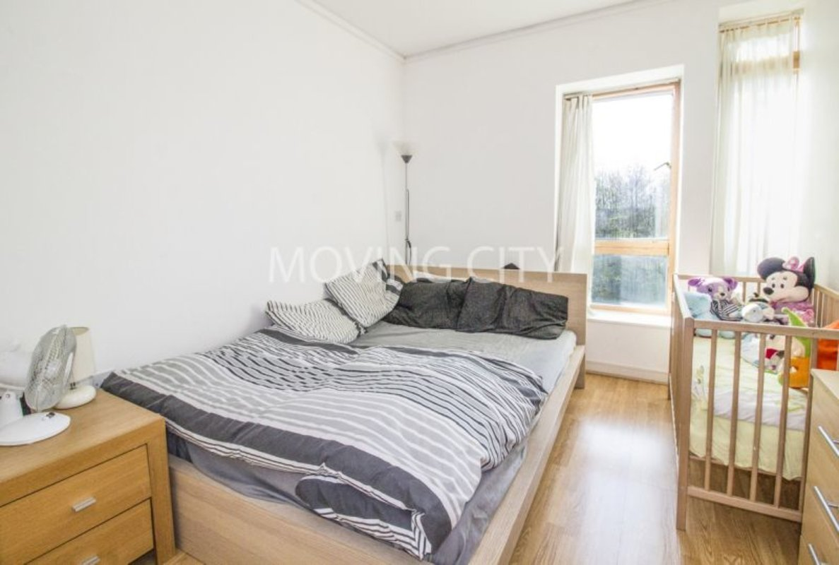 Apartment-let-agreed-North Greenwich-london-584-view3