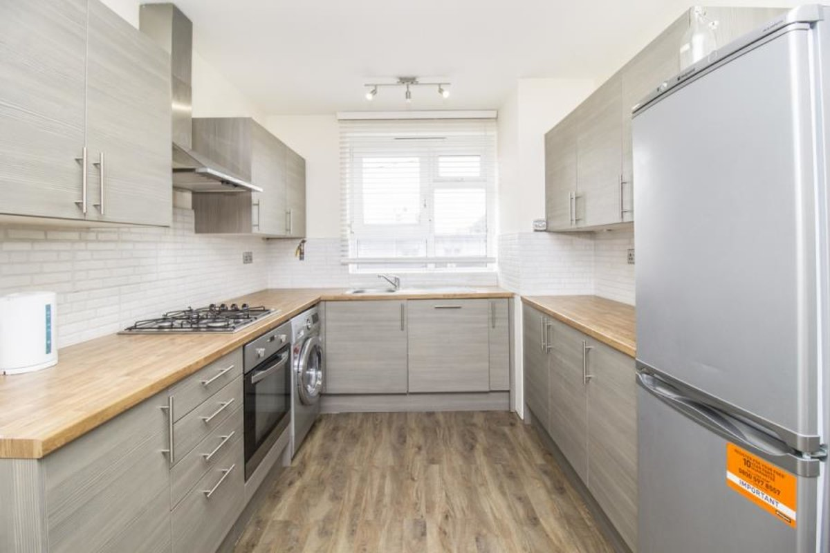 Apartment-to-rent-shoreditch-london-1330-view1