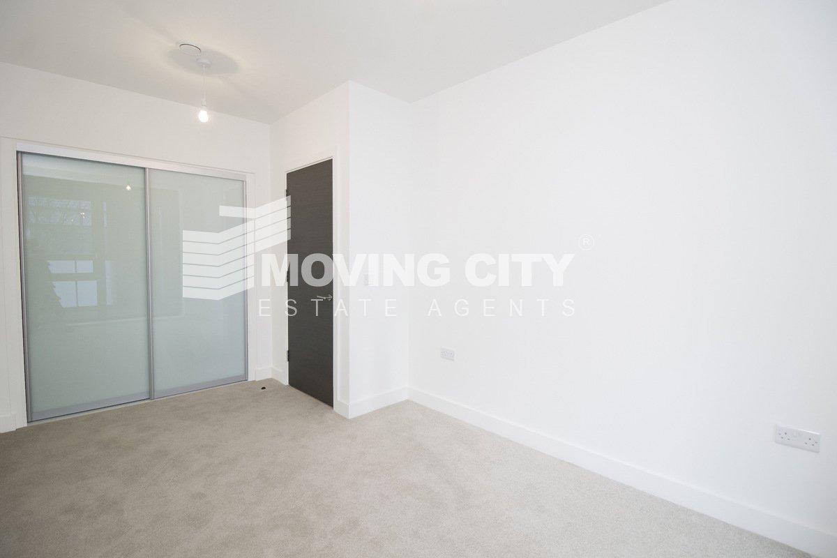 Apartment-to-rent-Poplar-london-2730-view2