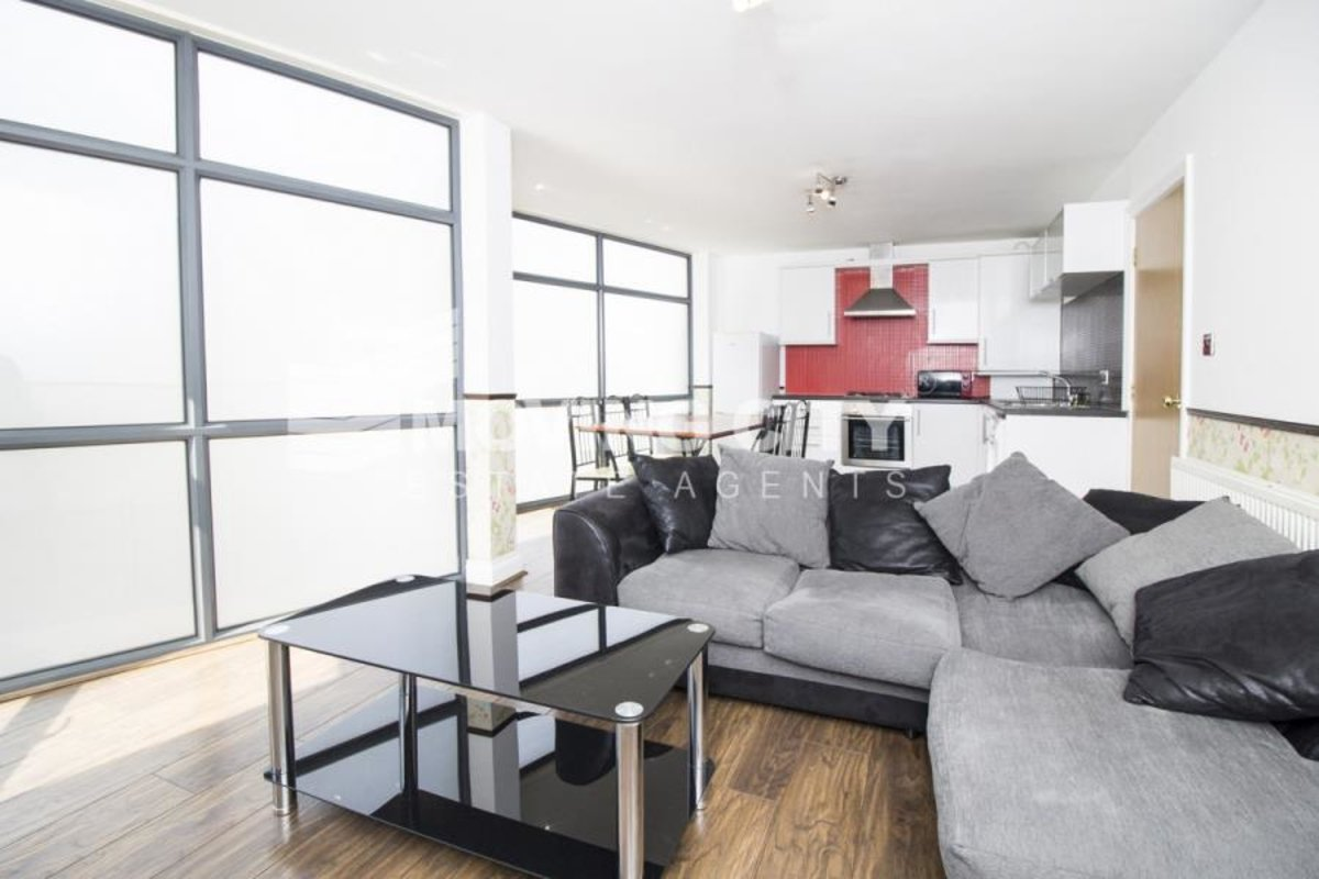 Apartment-to-rent-Aldgate-london-141-view1