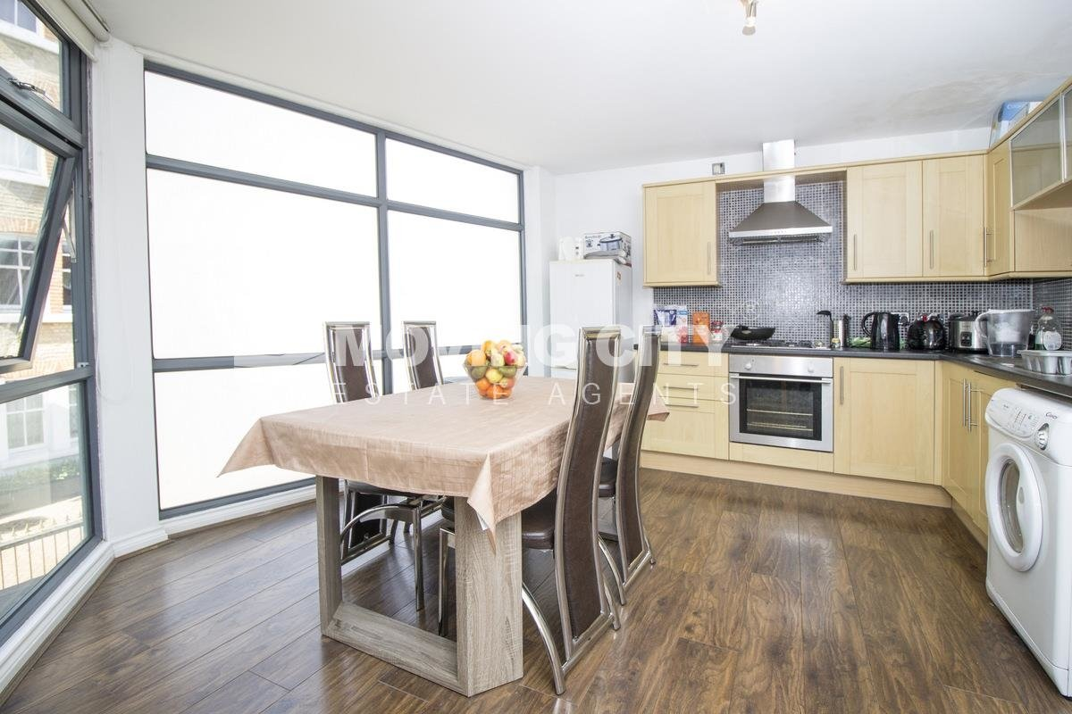 Apartment-to-rent-Aldgate East-london-2134-view1