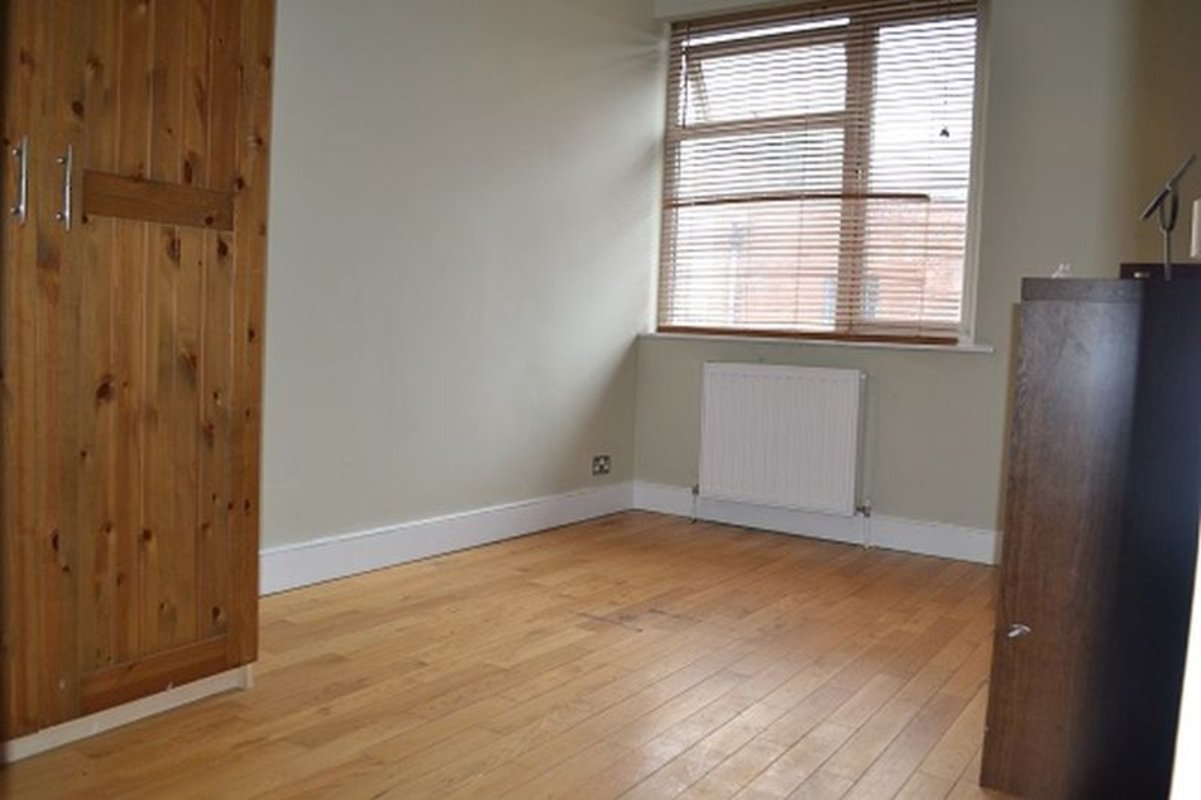 Apartment-let-agreed-London-london-1170-view6