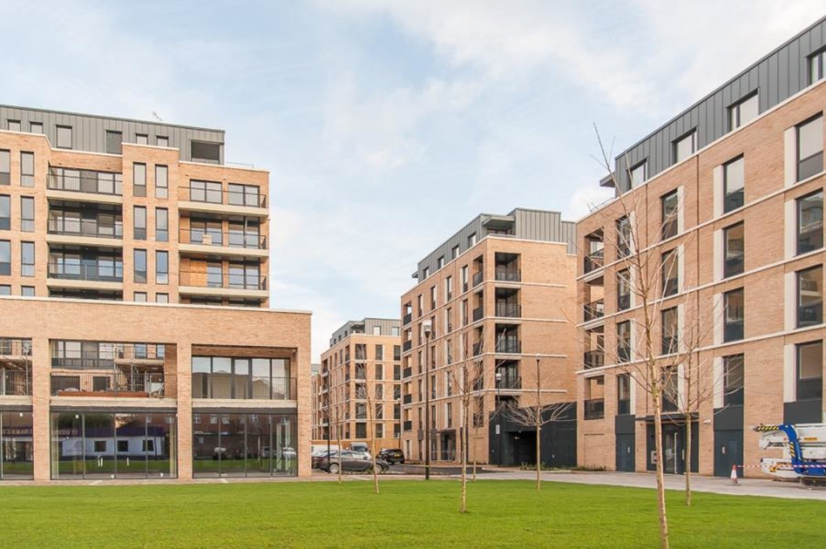 Apartment-let-agreed-Southall-london-1125-view10