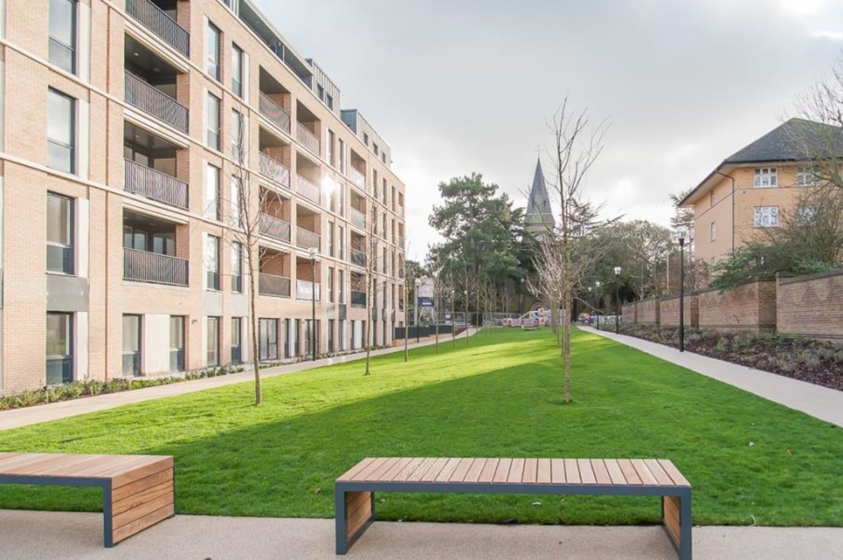 Apartment-let-agreed-Southall-london-1125-view8