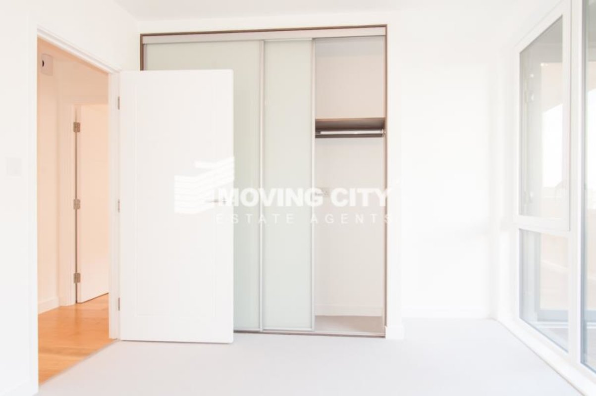 Apartment-let-agreed-Southall-london-1125-view5